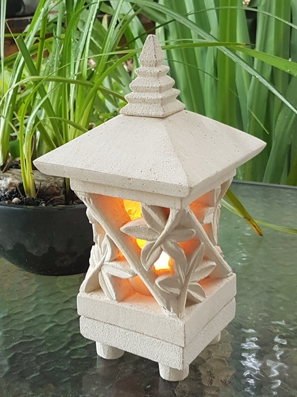 Pagoda Limestone Lantern - BAMBOO 25x15cm
