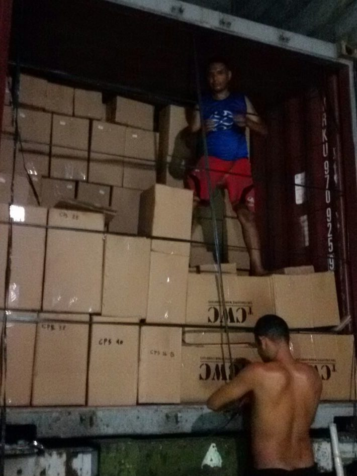 Packing the container in Bali for CasaPandan.com.au